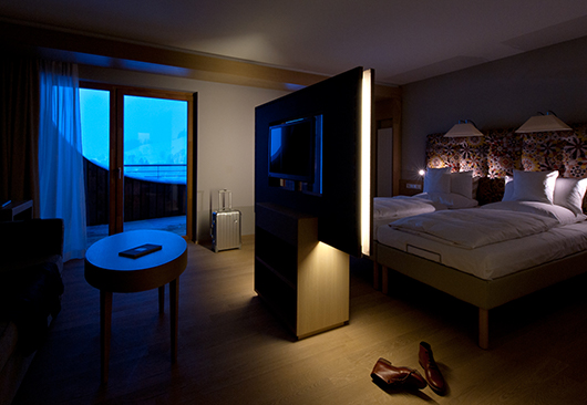 Light Creates Atmosphere at the Hotel Room